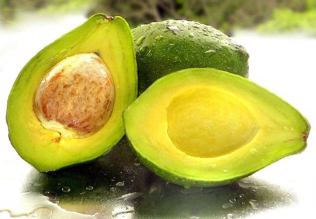 авокадо прислнилось