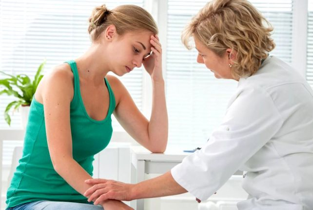 Женщина у врача