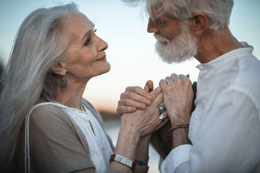 Трогательная история о поздней любви. И пусть завидуют те, кто говорит, что после 60 чувств уже нет!