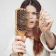 Врач трихолог рассказывает о причинах выпадения волос у женщин